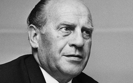 a life of oscar schlinder Oskar schindler, the man and the hero he risked his life, as well as his family's lives, to save a race of people he never even knew.